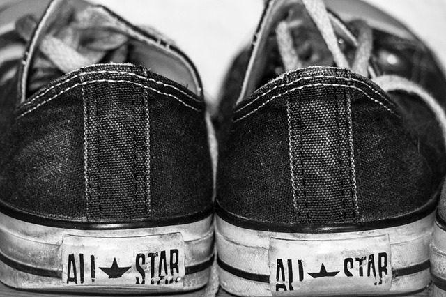 出産後に靴底のかかと外側が極端にすり減るようになってしまっている方は要注意