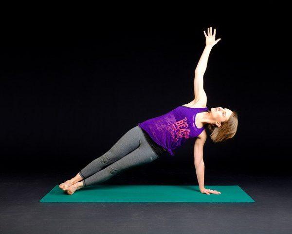 自重を使った体幹トレーニング