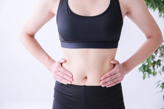 産後に抱えてしまった「お腹のたるみ」や「ぽっこりお腹」が腹筋運動では改善できない理由